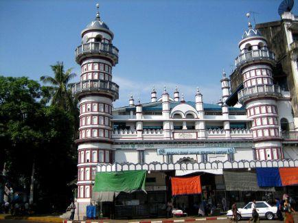 800px-bengali_sunni_jameh_mosque_yangon.jpg
